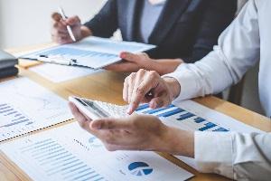 Ob eine Eigenleistung in die Bilanz eingeht, hängt von vielen Faktoren ab.