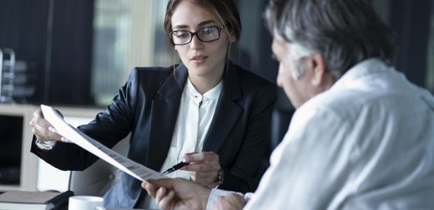 Der Arbeitsvertrag ist eine besondere Form des Dienstvertrags.