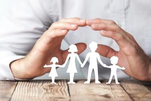 Bei der Erbschaftssteuer profitieren Kinder von einem hohen Freibetrag.