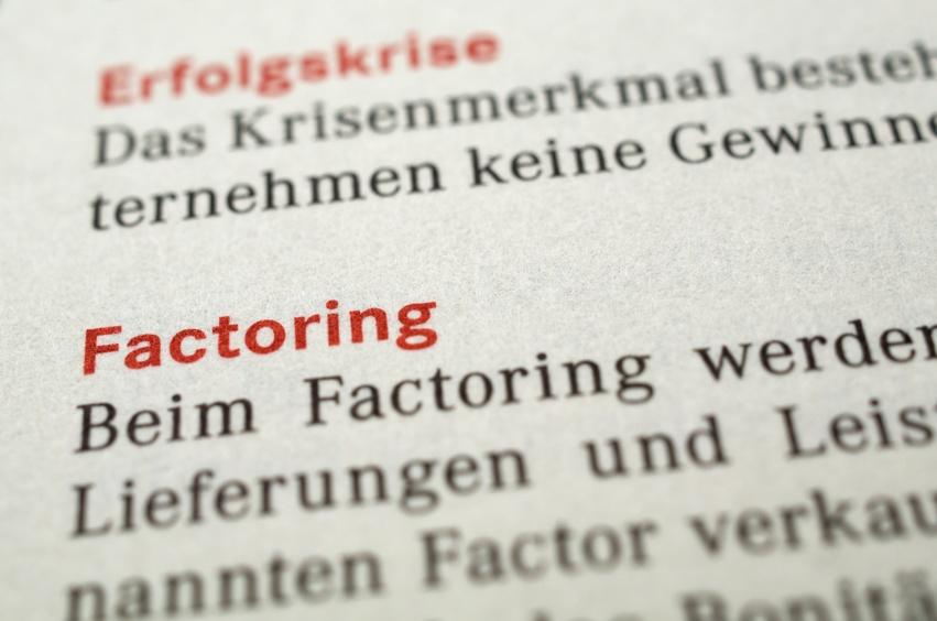Ist Factoring sinnvoll? Vorteile und Nachteile im Vergleich