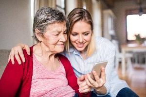 Fintech-Lösungen richten sich unter anderem an Rentner , deren Einkommen nicht regelmäßig ist.