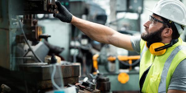 Industrieauktion: Ablauf und Tipps für Käufer und Verkäufer aus der Industrie