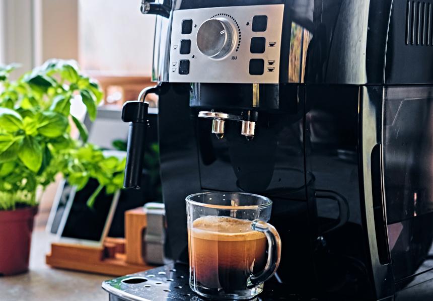 Kaffeevollautomat abschreiben: Wie funktioniert die steuerliche Abschreibung?