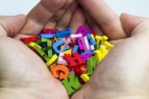 Magnetfolie selbstklebend – das sind die Vorteile