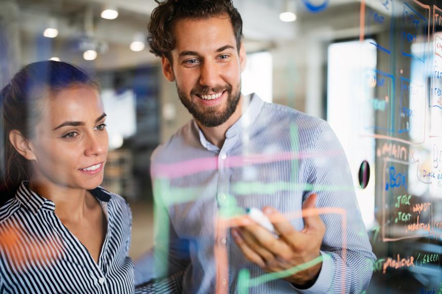 Outsourcing Human Resources und weitere Aufgaben innerhalb des Unternehmens