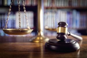 Rechte des Arbeitnehmers und Arbeitgebers ergeben sich auch aus diversen Gesetzen.