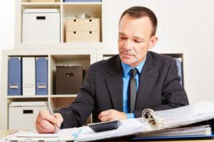 Anwaltskosten absetzen – so gelingt die Minderung der Steuerlast
